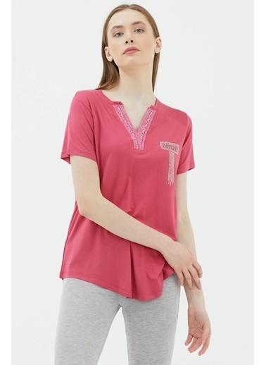 Sementa V Yaka Şerit Detaylı Tshirt - Gül Kırmızı